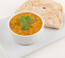 Wegańskie curry z soczewicą - jak zrobić?