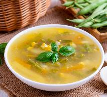 Zupa fasolkowa z menu Beszamel