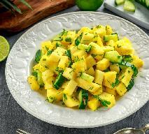 Sałatka z ananasa i ogórka: soczysta i świeża surówka obiadowa