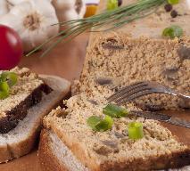 Aromatyczny pasztet z suszonych grzybów -  idealny pomysł na bezmięsny pasztet