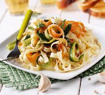 Makaron z warzywami: prosty przepis na smaczne danie na kolację