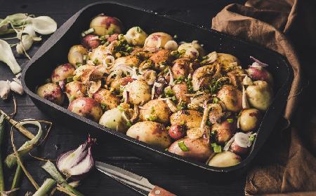 Młode ziemniaki pieczone na ostro