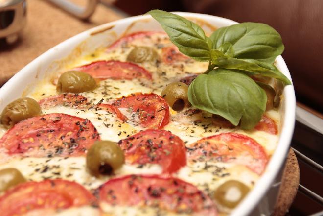 Kuchnia turecka - oryginalny przepis na zapiekankę z warzyw