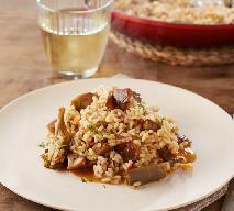 Risotto z rydzami i karczochami: łatwy przepis na wykwintne danie