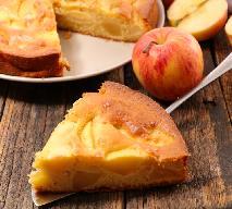 Jabłecznik na kefirze: łatwy przepis na pyszne ciasto z jabłkami