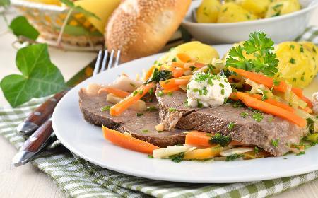 Chrzanowa wołowina gotowana w rękawie