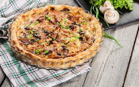 Przepyszna tarta z porami i pieczarkami - idealna na lunch, obiad, kolację
