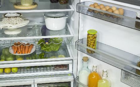 Czego nie trzymać w lodówce? Prawdy i mity