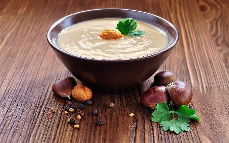 Zupa krem z kasztanów jadalnych: przepis na kasztany