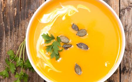 Zupa krem z dyni - smaczny przepis [WIDEO]