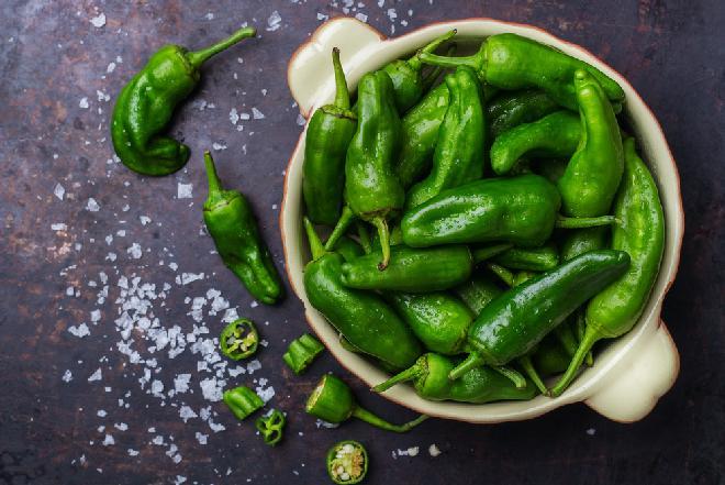 Papryczki PADRON: co to za odmiana? jak wykorzystać pimientos de Padrón?