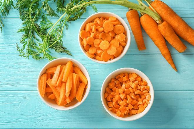 Marchew idealna: jak kupować, przechowywać i gotować wybitnie pyszną marchewkę