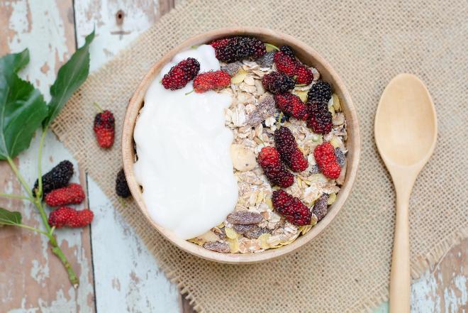 Jakie płatki śniadaniowe wybierać - rady dietetyka
