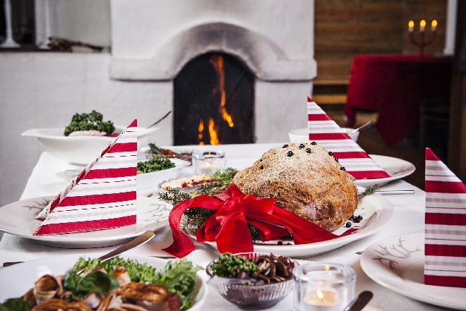 Zasady dobrego zachowania przy stole - jak elegancko jeść?